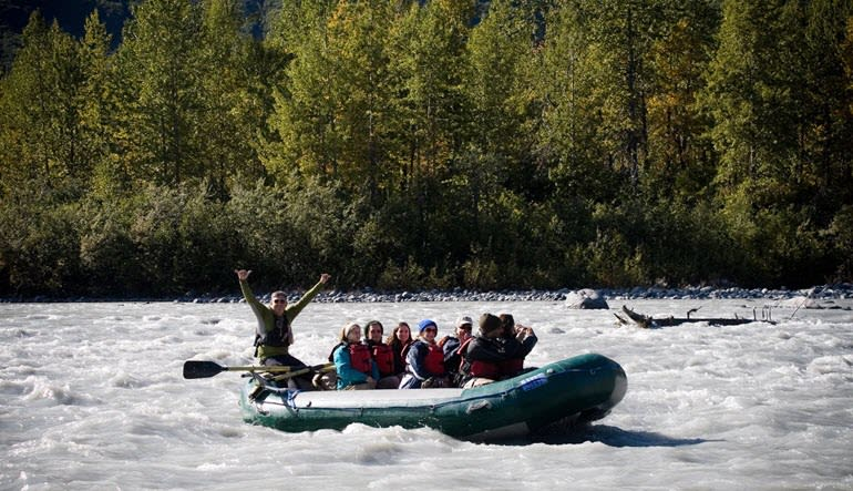 Alaskan Raft Trip Scenic