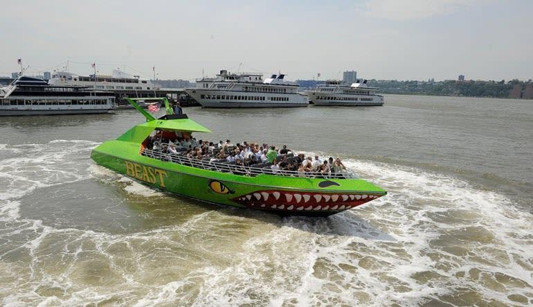 The Beast Speedboat Ride New York City, Pier 83 Midtown - 30 Minutes