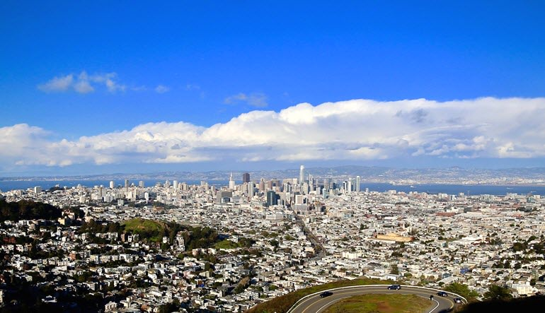 San Francisco Luxury Coach Tour and Bay Cruise Skyline