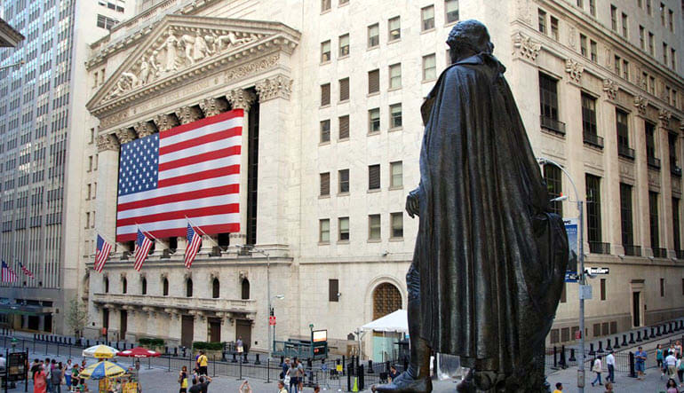 New York City Walking Tour Wall Street and Movie Sites - 2 Hours