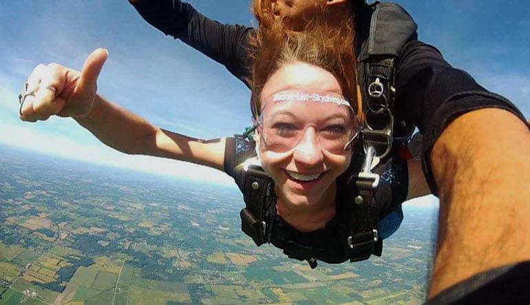 Skydive Detroit - 10,000ft Jump Weekends Hang 10