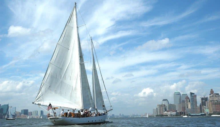 Sailing, Manhattan Daytime Statue Sail Boat