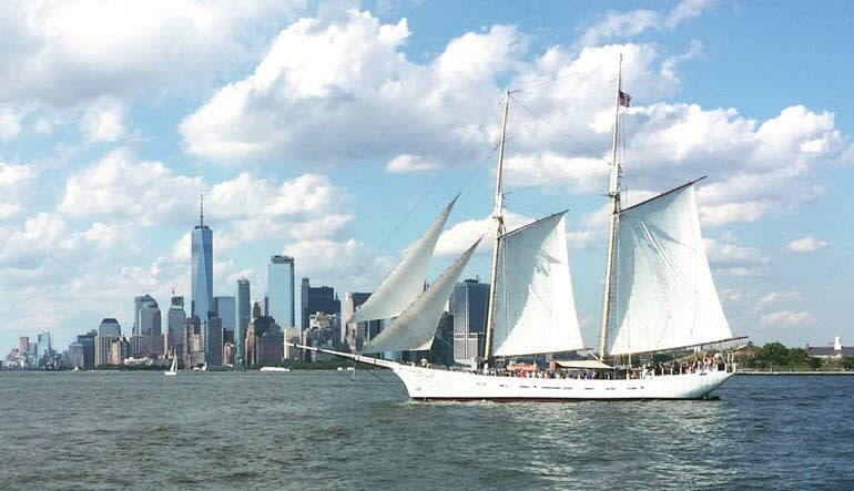 Sailing, Manhattan Tall Ship Discovery Cruise City Backdrop