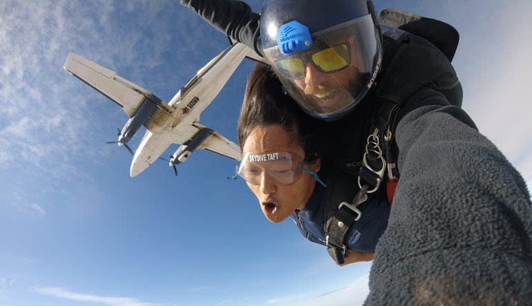 Skydive Taft - 10,000ft Plane