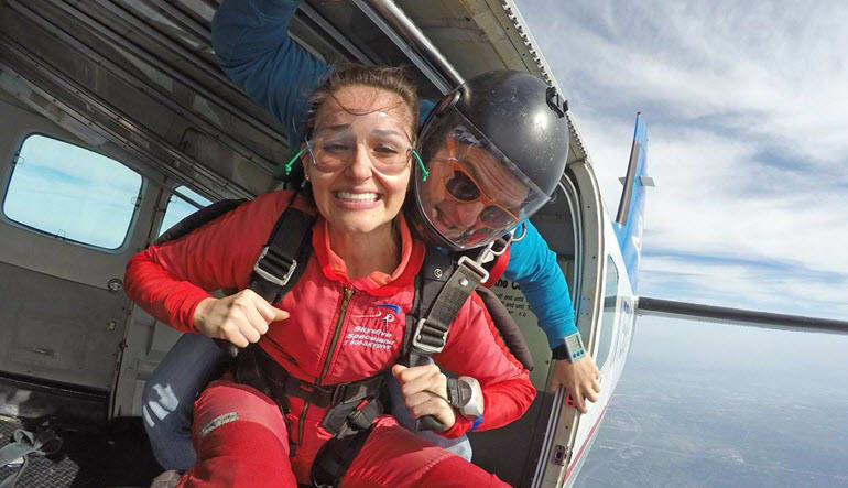 Skydiving Houston, Rosharon - 14,000ft Jump Weekends