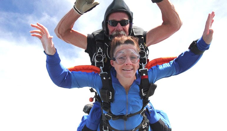Skydiving Dallas, Whitewright - 14,000ft Jump Weekdays