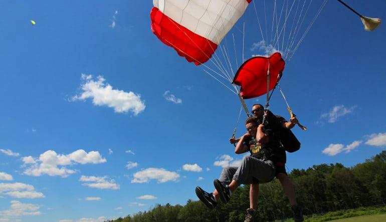 Skydive Hartford Parachute Landing