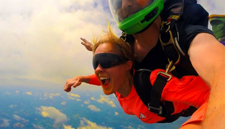 Skydive Hartford Lady