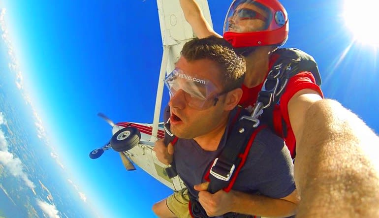 Skydive Baltimore From 11 000 Feet