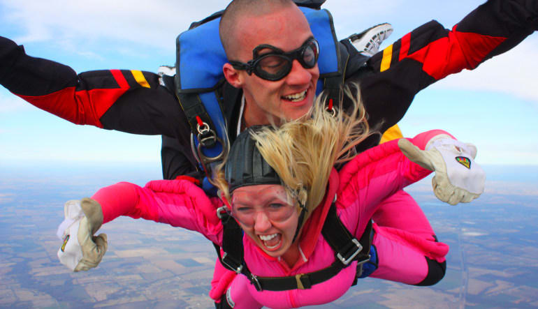 Skydiving Dallas Greenville Lady In Pink
