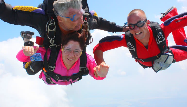 Skydiving Dallas Greenville Tandem Lady