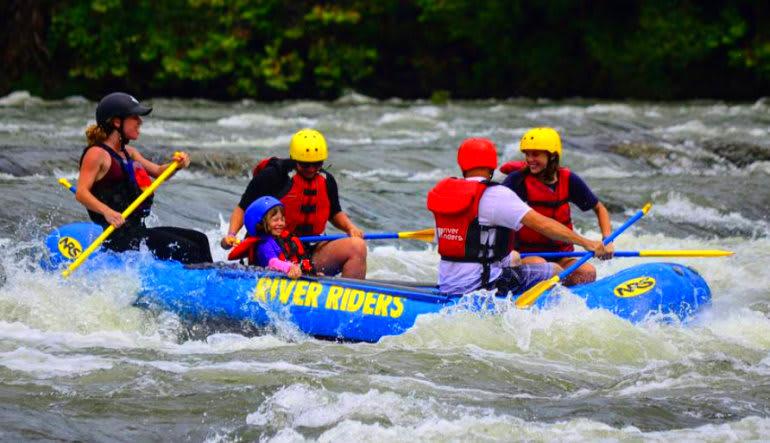 Whitewater Rafting Harpers Ferry Team Effort
