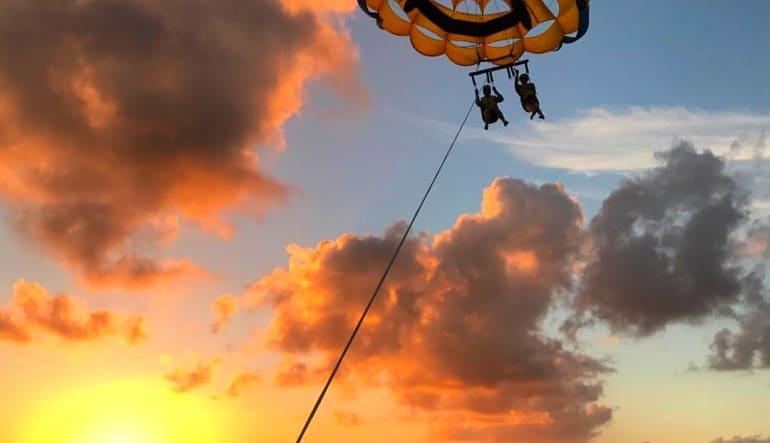 Parasailing Miami - 12 Minute Flight Sunset