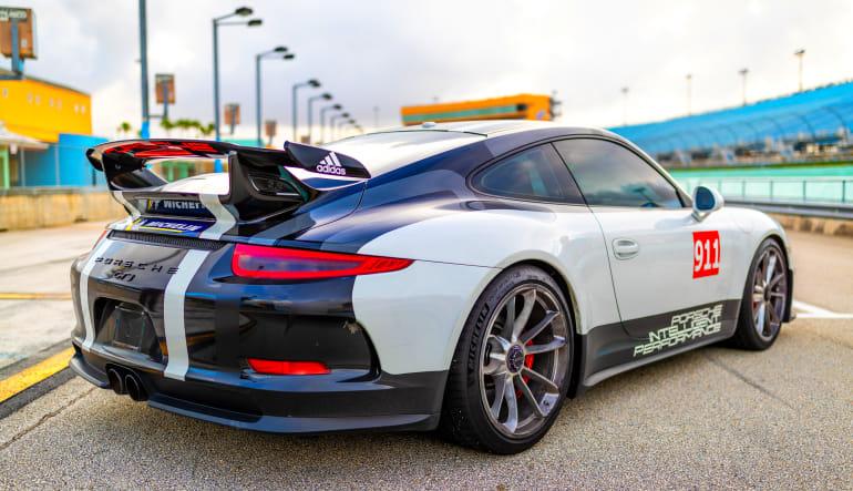 Porsche 911 GT Drive Angle View