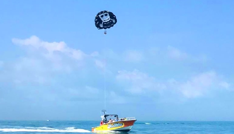 Parasailing Key West Pulling Along