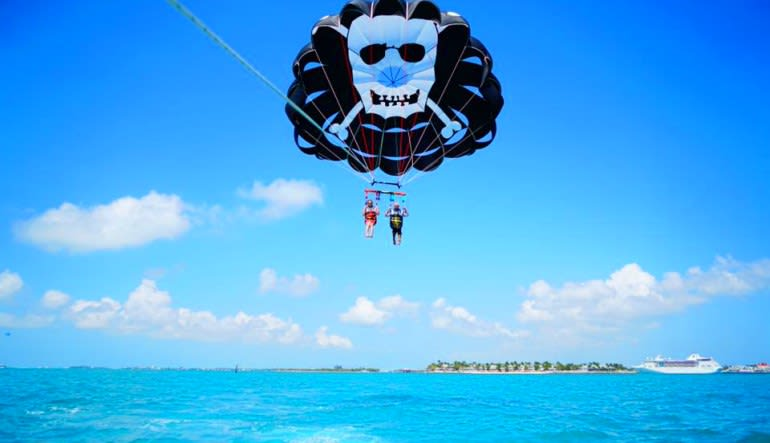 Parasailing Key West Skull