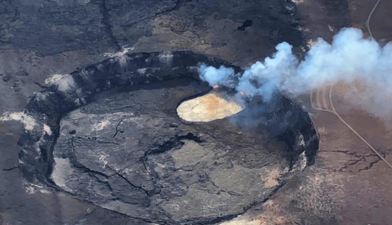 Helicopter Tour Big Island, Kilauea Volcano Deluxe Smoke