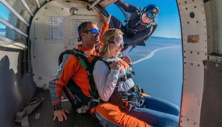 Weekday Skydive San Francisco, Santa Cruz - 13,000ft Jump (Ocean View Jumps Closest to San Francisco!)