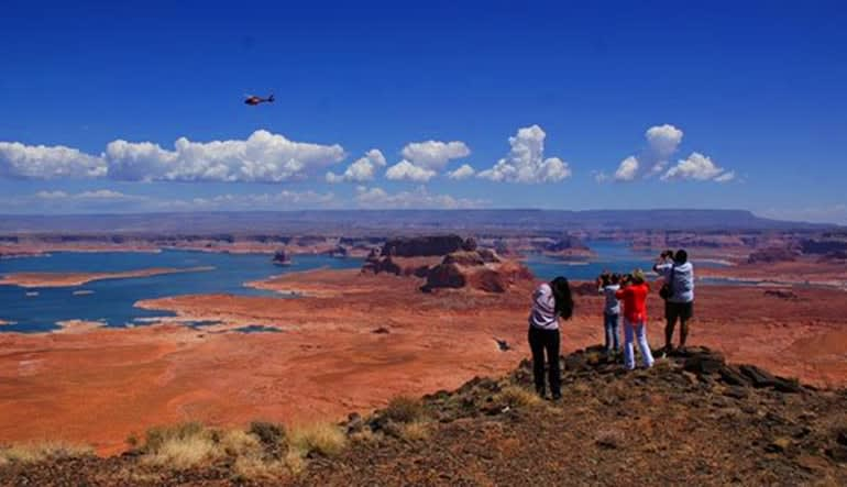 Helicopter Tour Lake Powell At Glen Canyon With Tower Butte Landing Family