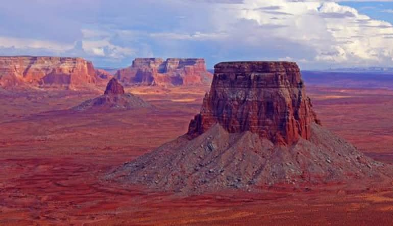 Helicopter Tour Lake Powell At Glen Canyon With Tower Butte Landing Landscape