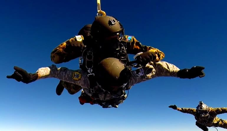 High Altitude Low Opening Skydive, 30,000ft Free Fall