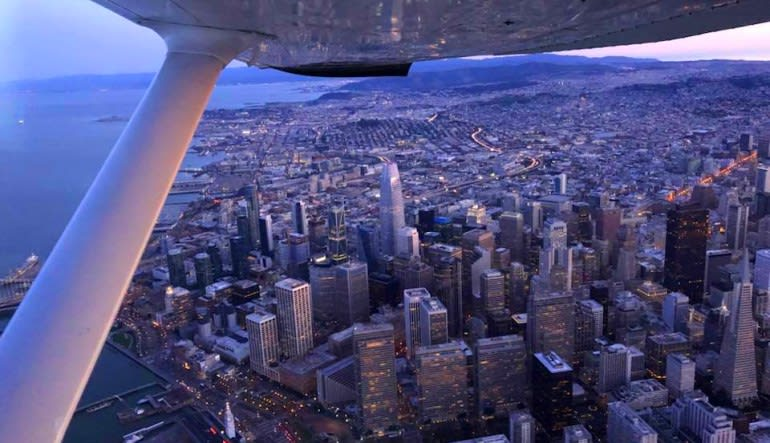 Scenic Flight San Francisco - 35 Minutes City From Above