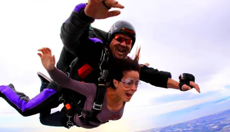 Skydive D.C., Weekday - 10,000ft Jump Freefall