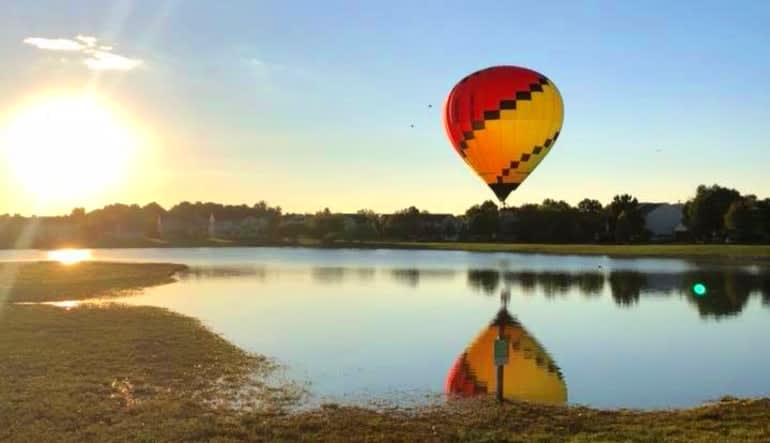 Hot Air Balloon Ride Indianapolis, Private Basket for 2 Reflection