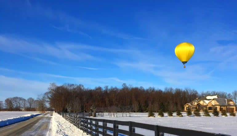 Hot Air Balloon Ride Indianapolis, Private Basket for 4 Yellow
