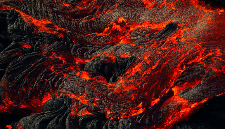 Helicopter Tour Big Island, Volcano by Air and Land Hot