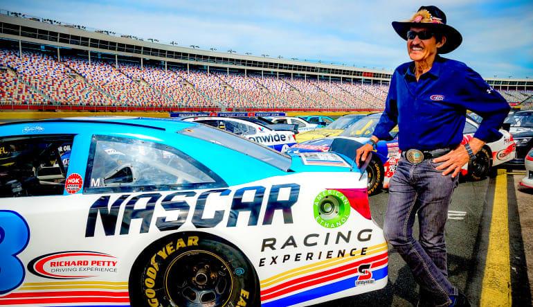 NASCAR Drive, 8 Minute Time Trial - Phoenix International Raceway Legend