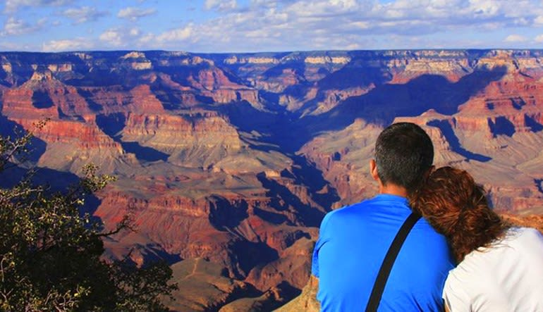 Motor Coach Bus Tour to Grand Canyon South Rim From Las Vegas Couple