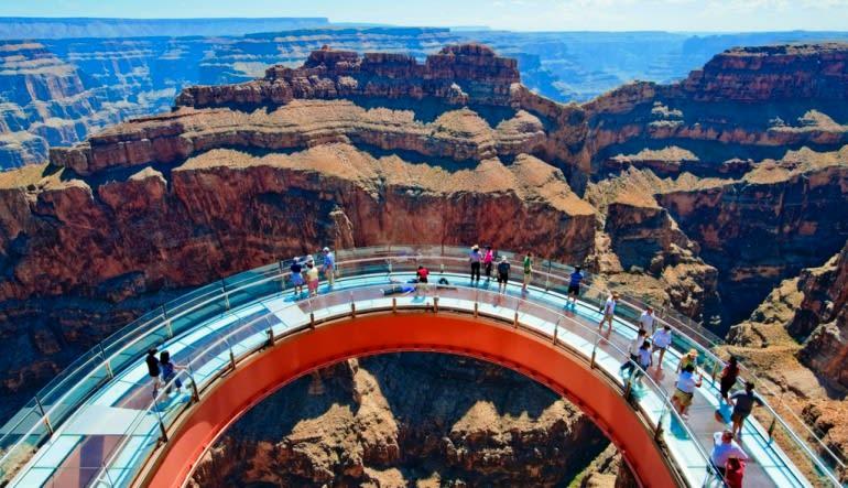 Grand Canyon West Rim Luxury Mini Coach Tour from Las Vegas Sky Walk