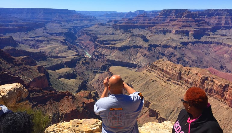 Grand Canyon South Rim Coach Bus Tour from Phoenix Couple