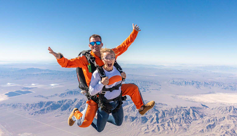 Las Vegas Tandem Skydive, Free Shuttle Included