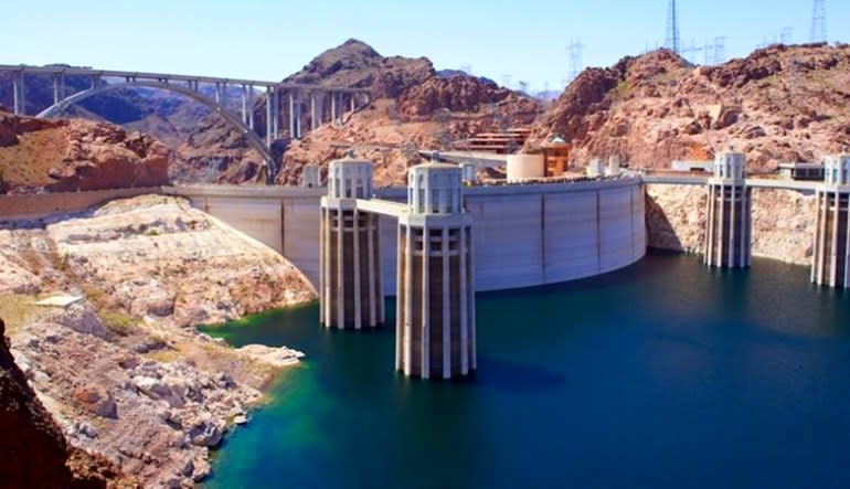 Hoover Dam Coach Bus and Interior Tour from Las Vegas, Half Day Trip Side