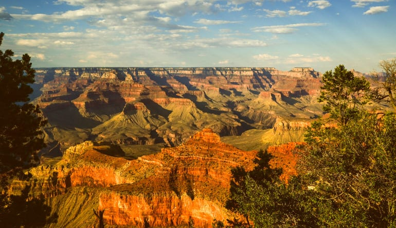 Grand Canyon South Rim Coach Bus and Helicopter Tour from Phoenix Scenic