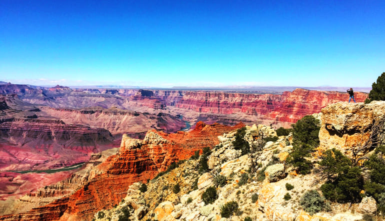 Grand Canyon South Rim Coach Bus and Helicopter Tour from Phoenix Landscape