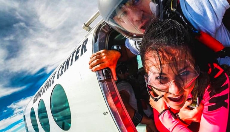 Skydive Orlando, Titusville - 18,000ft Jump Free Fall