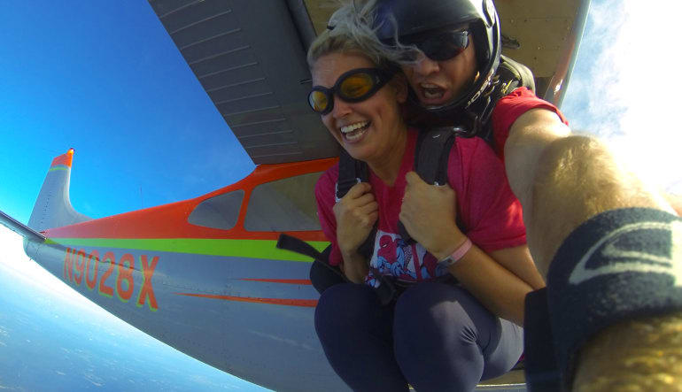 Skydive New Orleans - 10,500ft Jump Hold On