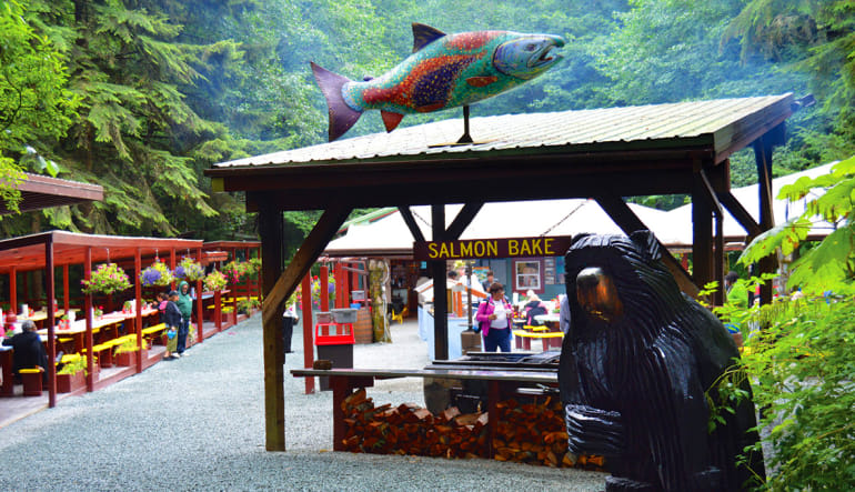 The Ultimate Juneau Experience, Whale Watching and Gold Creek Salmon Bake