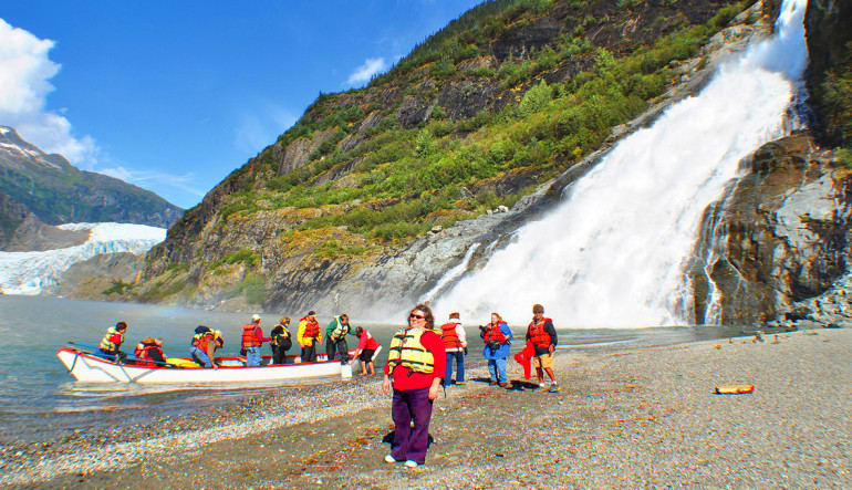 Canoe Adventure Mendenhall Glacier, Juneau - 1.5 hours Shore
