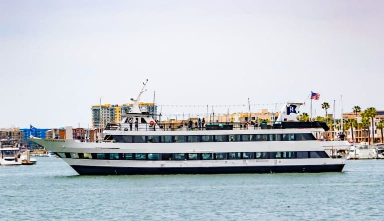 Saturday Champagne Brunch Cruise Marina Del Rey - 2 Hours Boat
