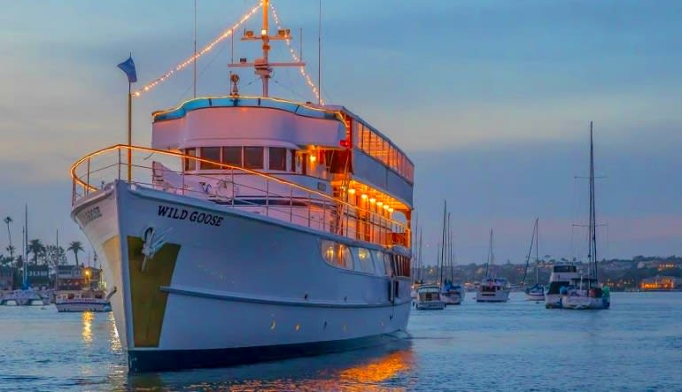 Dinner Cruise Newport Beach - 3 Hours