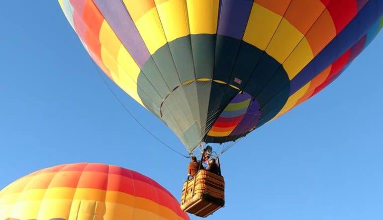 Hot Air Balloon Ride Las Vegas, High Altitude - 1 Hour Flight  Colourful