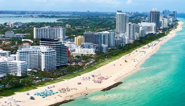 Helicopter Tour Miami, Private Ride - 25 Minutes Shoreline