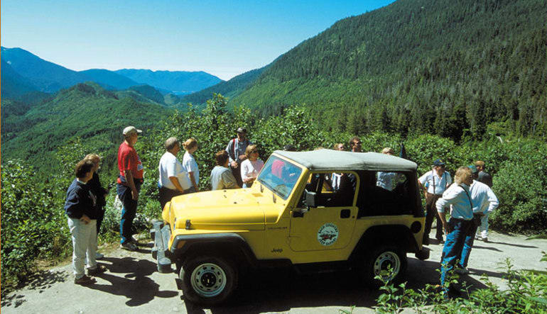 Ketchikan Backcountry Jeep & Canoe Safari - 4 Hours Group