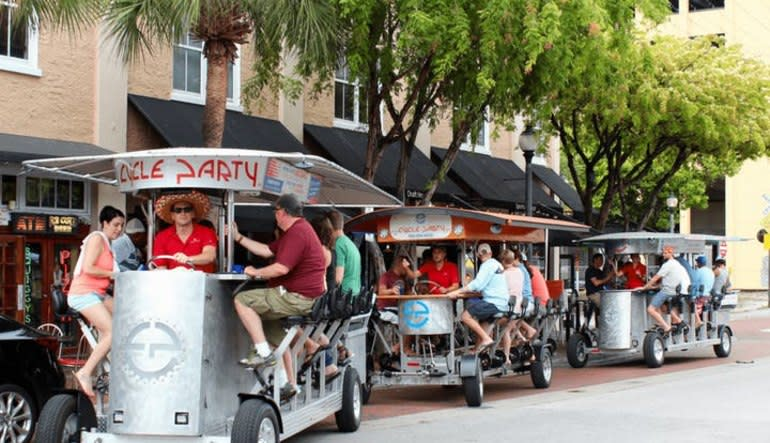 Happy Hour Private Pub Crawl Downtown Fort Lauderdale Cycle