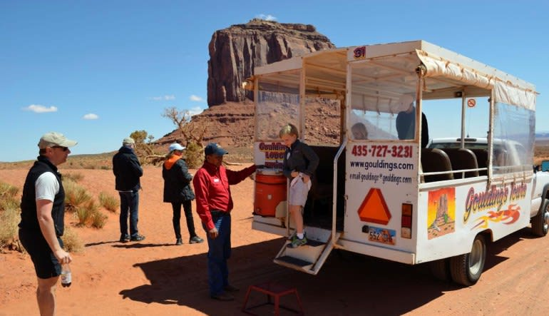 Scenic Monument Valley Air & Ground Tour from Phoenix Bus