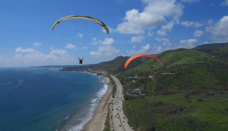 Paragliding Malibu